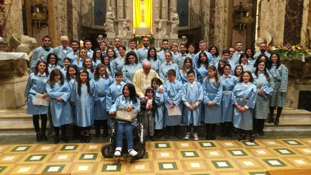 Il gruppo dei mazzieri e dei portatori al termine dell Eucarestia